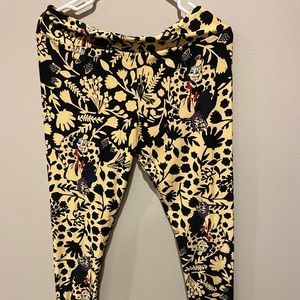 Cruella De Vil woman's Lularoe leggings